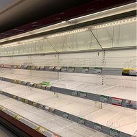 El pánico que viene: los supermercados de Milán se están quedando vacíos por el coronavirus