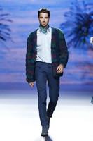 Francis Montesinos otoño-invierno 2014/2015: el eterno empeño de la falda masculina