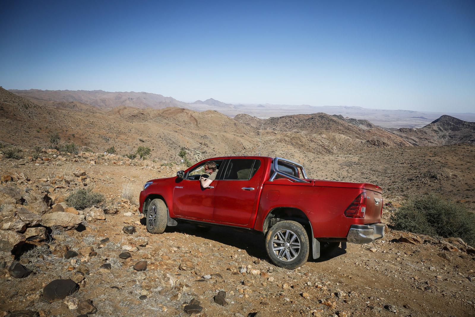 Foto de Toyota Hilux 2016 Namibia (63/74)