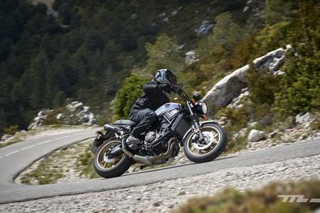 Mezclar neumáticos diferentes en moto aumenta el riesgo de caída, y la culpa no es de los fabricantes
