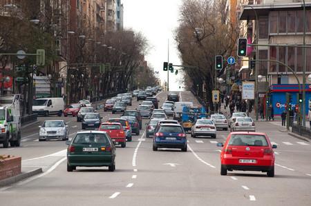 ¿Deben pagar más por aparcar los que más contaminan?