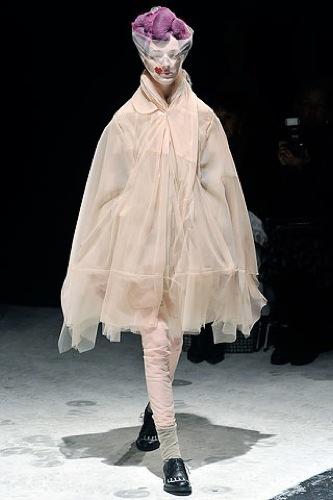 Comme des Garçons Otoño-Invierno 2009/2010 en la Semana de la Moda de París