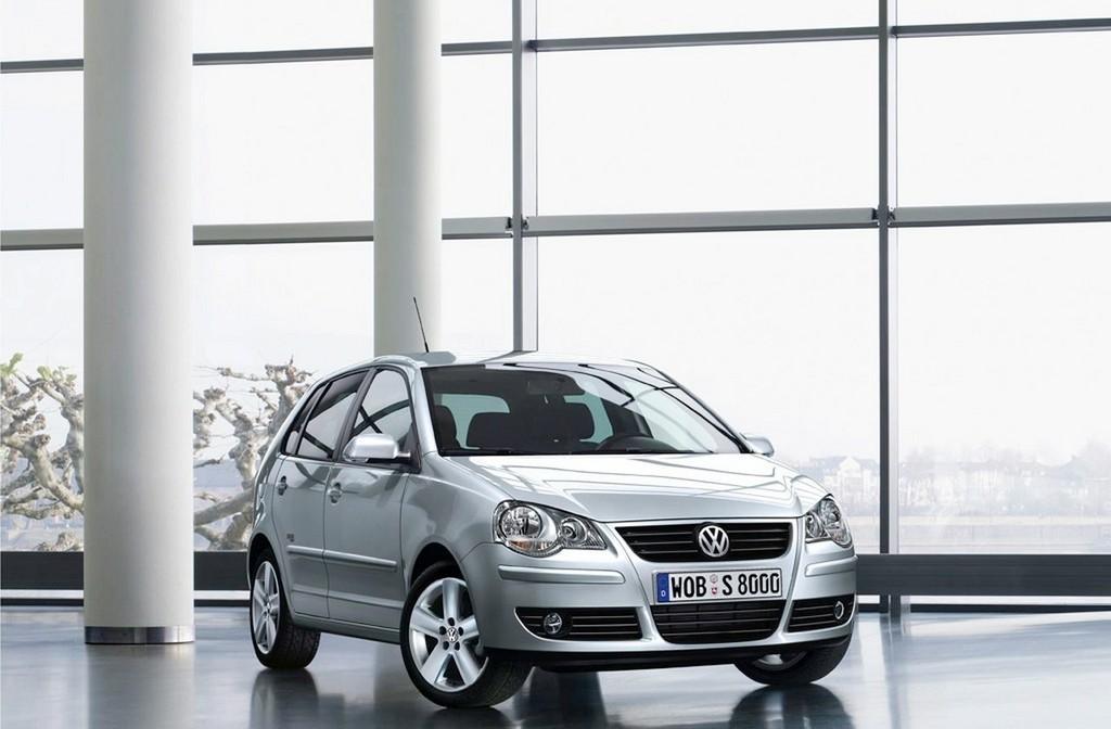 Foto de Volkswagen Polo Black/Silver y GT-Rocket (1/7)