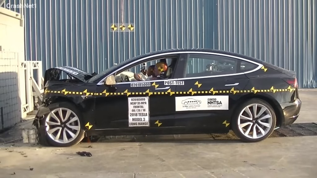 Tesla Model 3 es el coche con menor probabilidad de lesiones: estos vídeos muestran cómo reacciona en caso de accidente