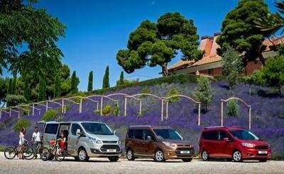 Los vehículos Tourneo de Ford ofrecen soluciones eficientes y espaciosas para todo tipo de clientes