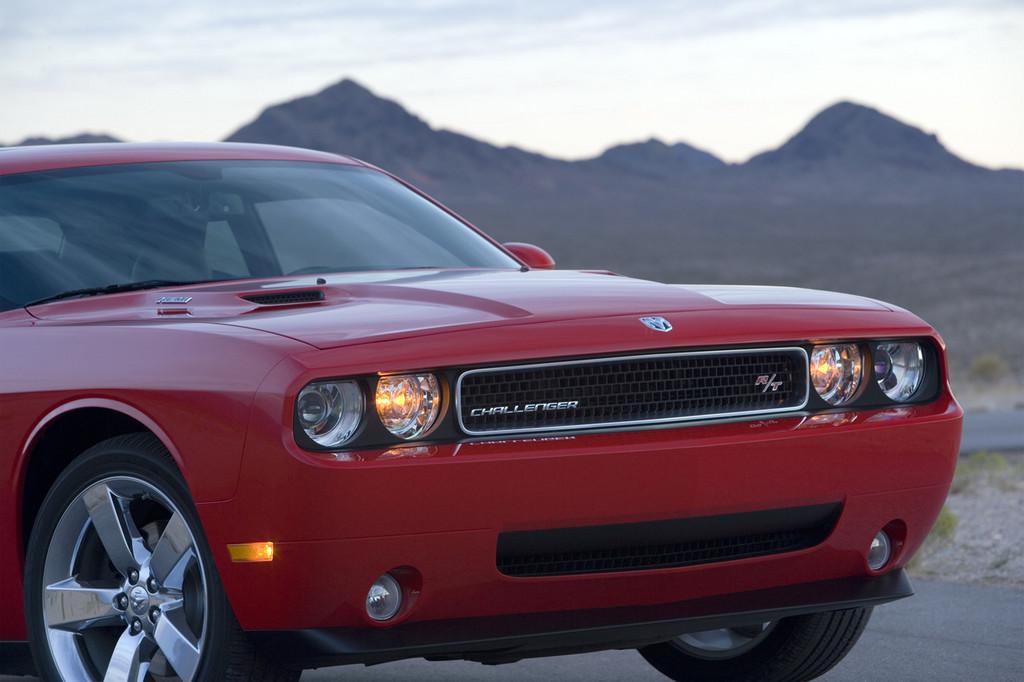 Foto de Dodge Challenger R/T (10/37)