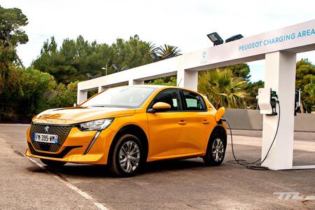 tavares coche eléctrico peugeot e-208