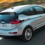 General Motors planta cara a Tesla, dicen que no necesitan reservas para fabricar sus eléctricos