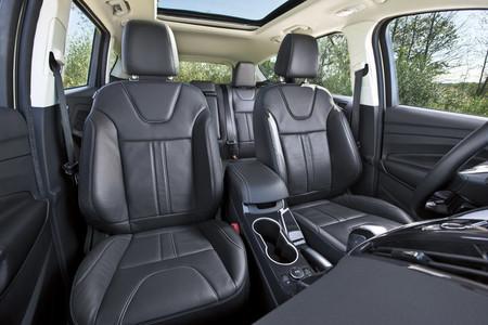 Interior versión americana - Ford Escape
