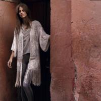 Inspiración oriental con estos exóticos kimonos: viaje al imperio del sol naciente