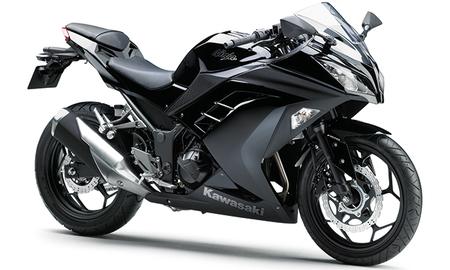 Kawasaki Ninja 300: 46cc más para superar a la competencia