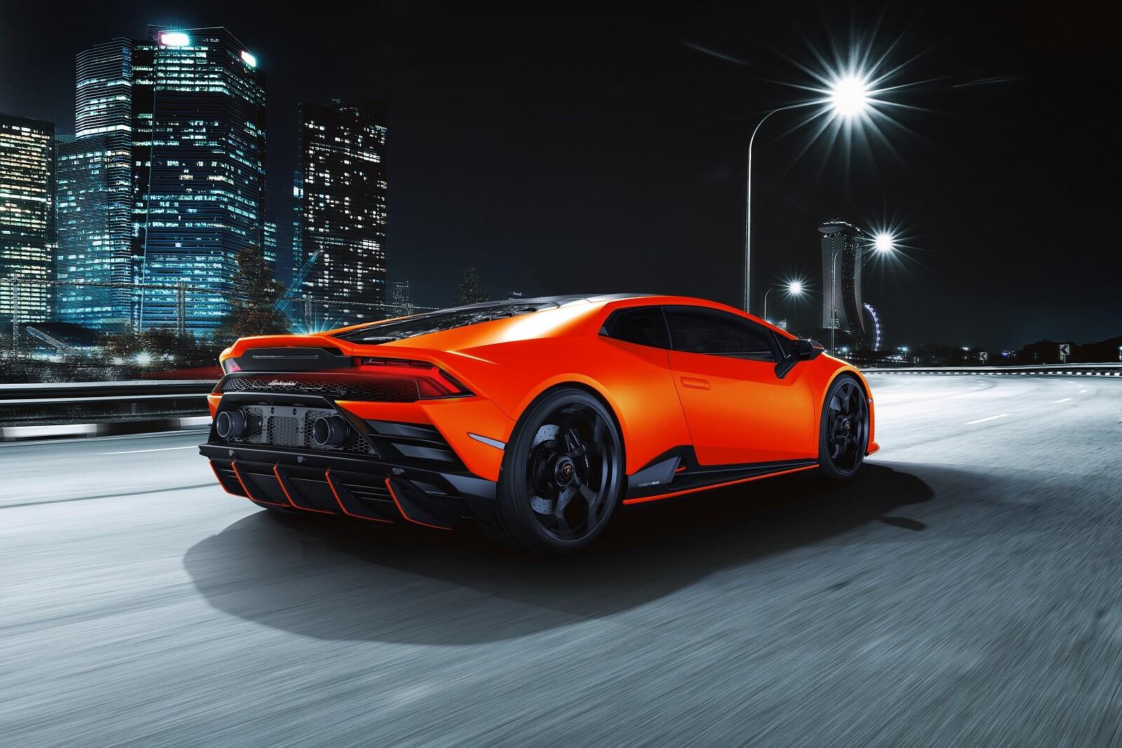 Foto de Lamborghini Huracán EVO Fluo Capsule (7/26)