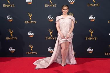 Las peor vestidas de los Emmys 2016: algunas por los pelos, otras totalmente estrelladas