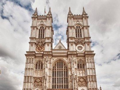 La Iglesia de Inglaterra adopta Apple Pay para aceptar donativos desde los iPhone