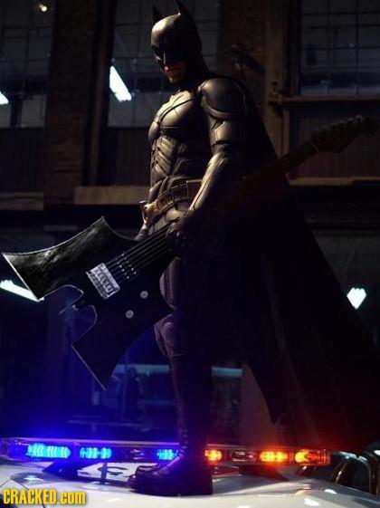 Foto de Batman tuneando objetos (13/15)