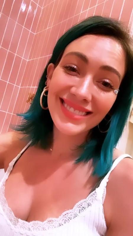 Hilary Duff Pelo Azul