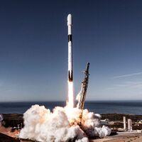 Pedazos de un cohete Falcon 9 de SpaceX cayeron en una granja de Washington: la compañía de Elon Musk recogió los restos de la nave espacial
