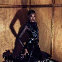 Givenchy y su campaña más felina para este Otoño-Invierno 2011/2012 con Naomi Campbell, Natalia Vodianova y Kristen McMenamy