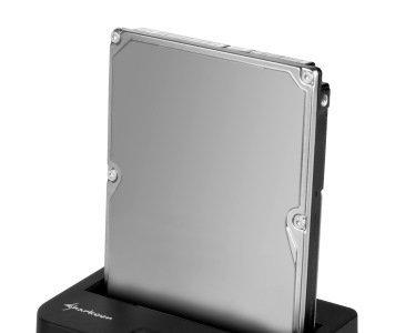 Sharkoon presenta un pequeño dock con USB 3.0 para discos duros incomprendidos