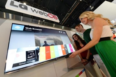 LG apostará decididamente por WebOS en sus televisores y confirma su pulsera cuantificadora