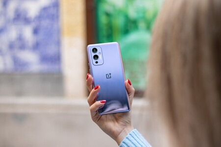 El OnePlus 9RT se filtra casi al completo: una bestia de gama alta que apunta a ser más barato que sus hermanos mayores