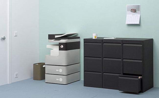 Alexis facca nos sorprende ahora con una oficina de papel for Papel para oficina