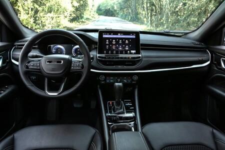 Jeep Compass 2021 Interior 01