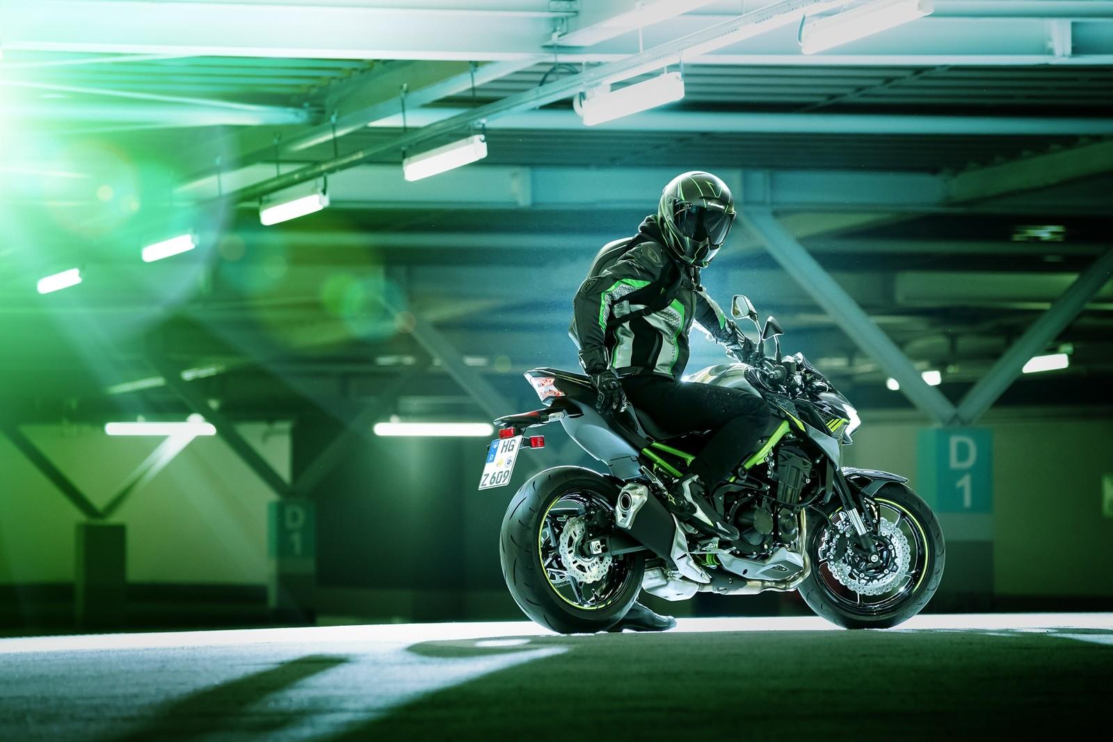 Foto de Kawasaki Z900 2020 (17/31)