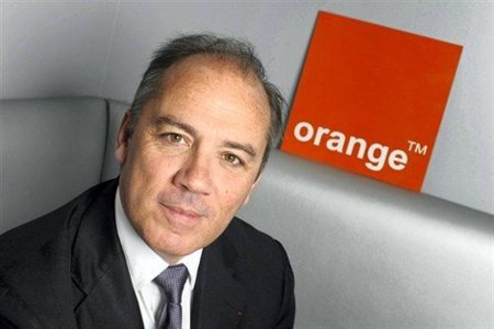 El CEO de Orange dice que el nuevo iPhone será más delgado, y tendrá una SIM más pequeña