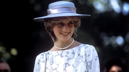 Los nueve looks más famosos de Lady Di para recordar que hace 24 años que nos dejó
