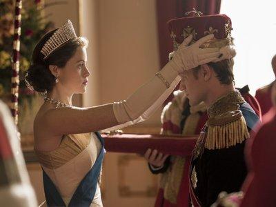 Los problemas matrimoniales de Isabel II, un cameo de Jackie Kennedy... Ya (casi) está aquí la 2ª temporada de 'The Crown'