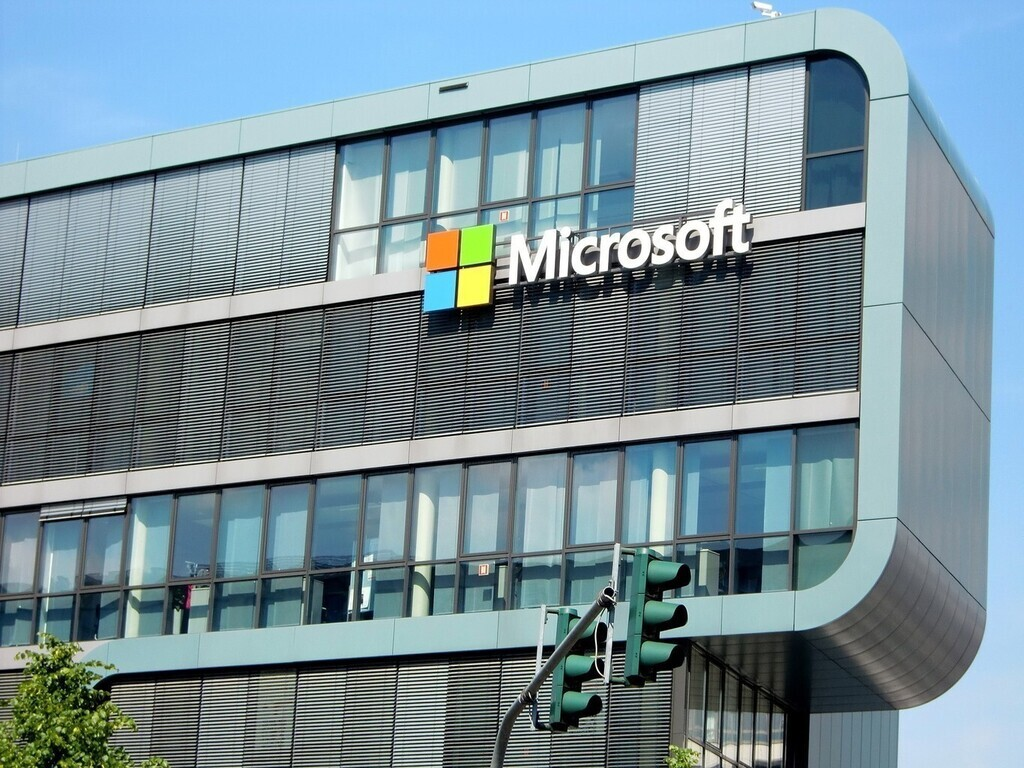 Microsoft además apuesta por la conducción autónoma: invierte en Cruise y en sus soluciones para autos conectados