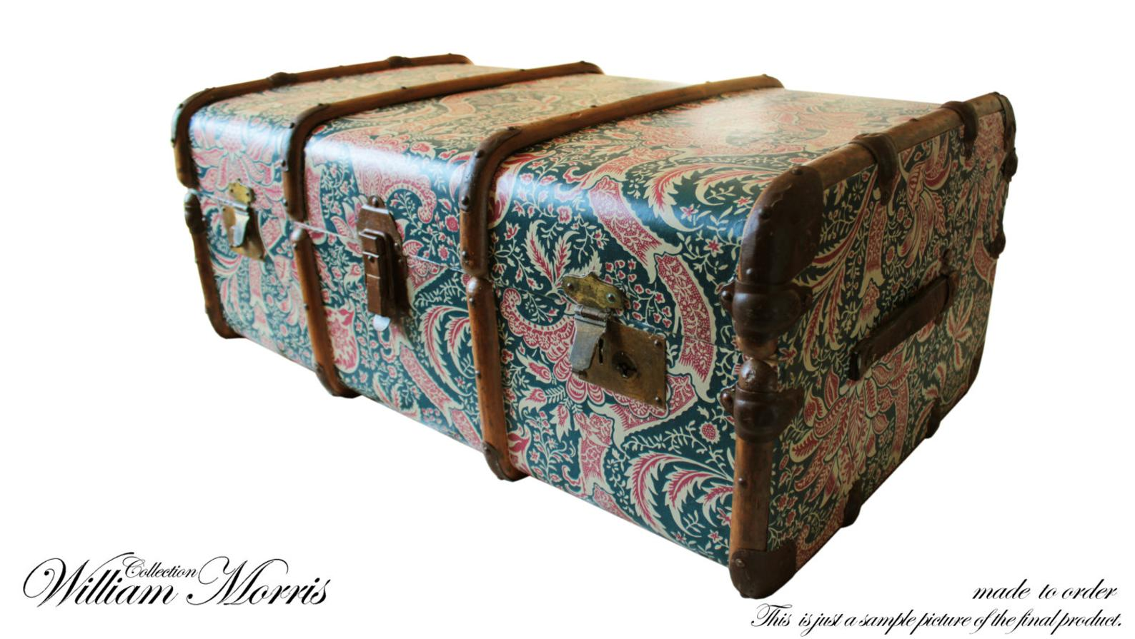Exclusiva William Morris Wallpaper Vintage vapor tronco mesa de centro, Banco de almacenamiento de pecho de juguete. Decoración única casera de los muebles de Upcycled: Morris