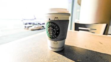 Llega Verismo, la cafetera doméstica de Starbucks