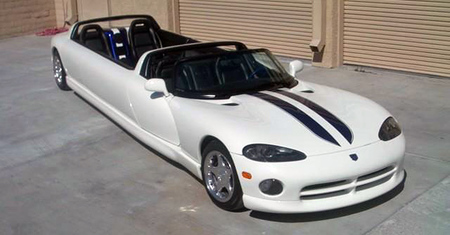¿Un Dodge Viper limusina descapotable?