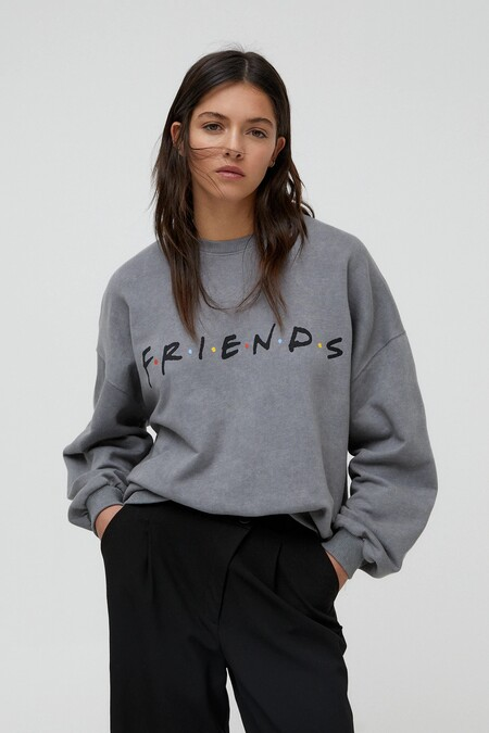 Pull Bear Friends Collection 01