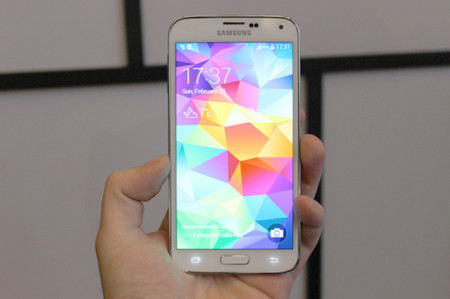 Galaxy S5 frontal