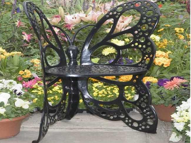 Muebles de hierro forjado la esencia de los jardines - Muebles de jardin de forja ...