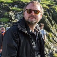 'The Mandalorian': Rian Johnson quiere dirigir un episodio de la temporada 2 de la exitosa serie de Disney+