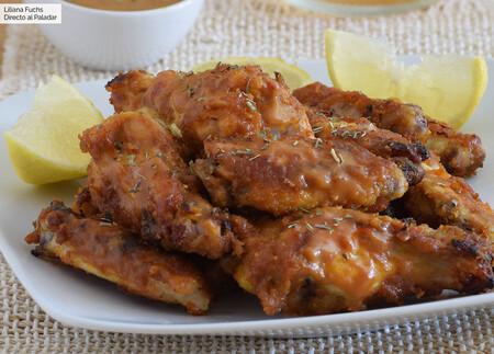 Receta de alitas de pollo asadas con salsa de mostaza y miel