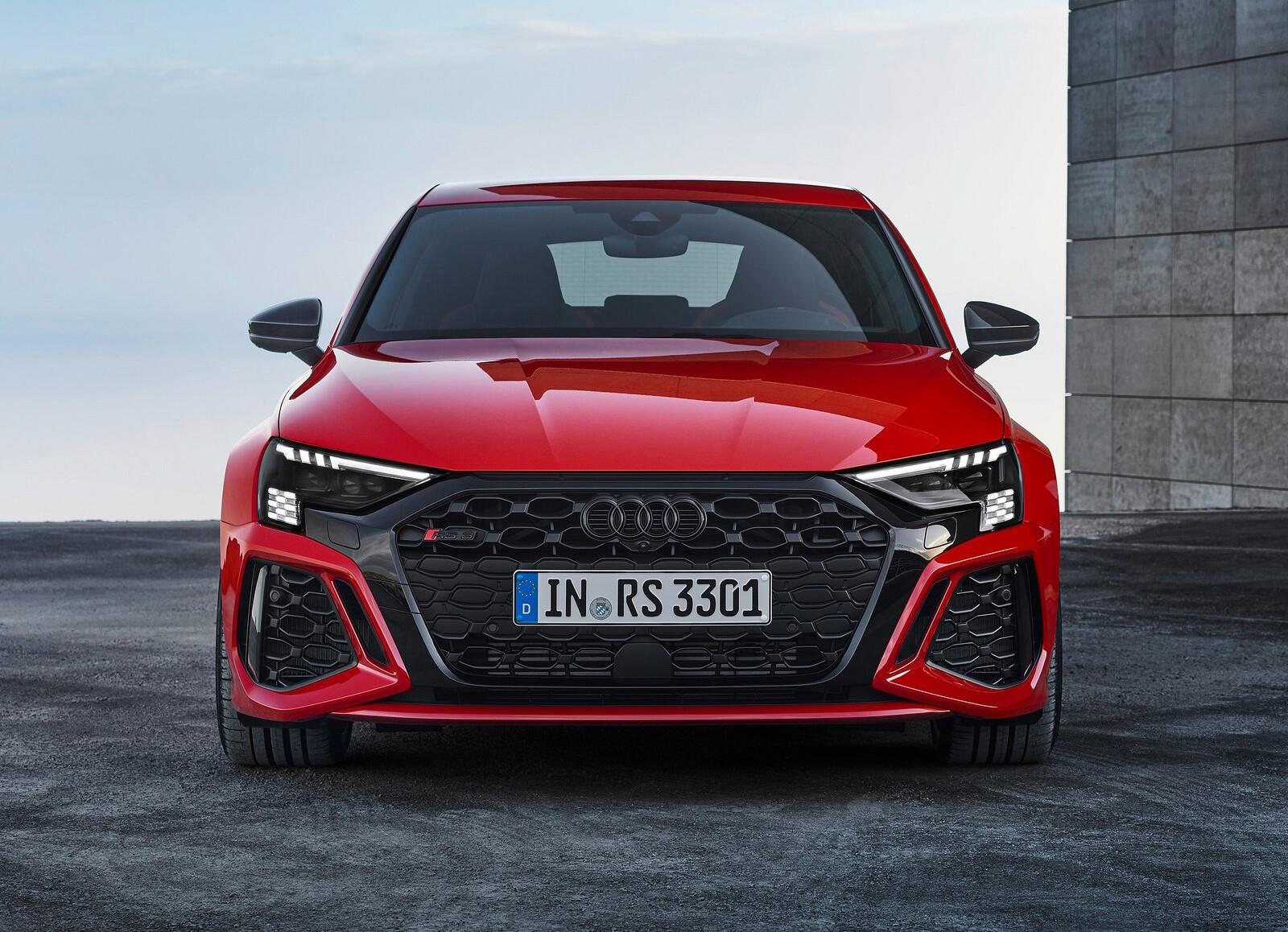 Foto de Audi RS 3 2022 (76/99)