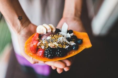 Dieta pegan: ¿es posible (y saludable) una mezcla entre la dieta vegana y la dieta paleo?