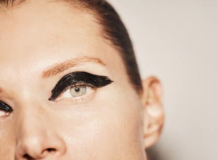 A modo de detalle o a conjunto con el look final: estas ideas de maquillaje vistas en Zara podrían inspirarte estas fiestas 2020