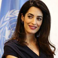 Amal Clooney nos da una clase de elegancia con estos looks que tú también puedes lucir