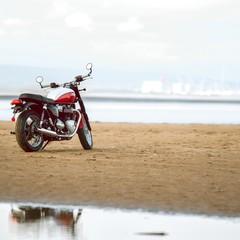Foto 18 de 23 de la galería triumph-bonneville-t100-bud-ekins-2020 en Motorpasion Moto