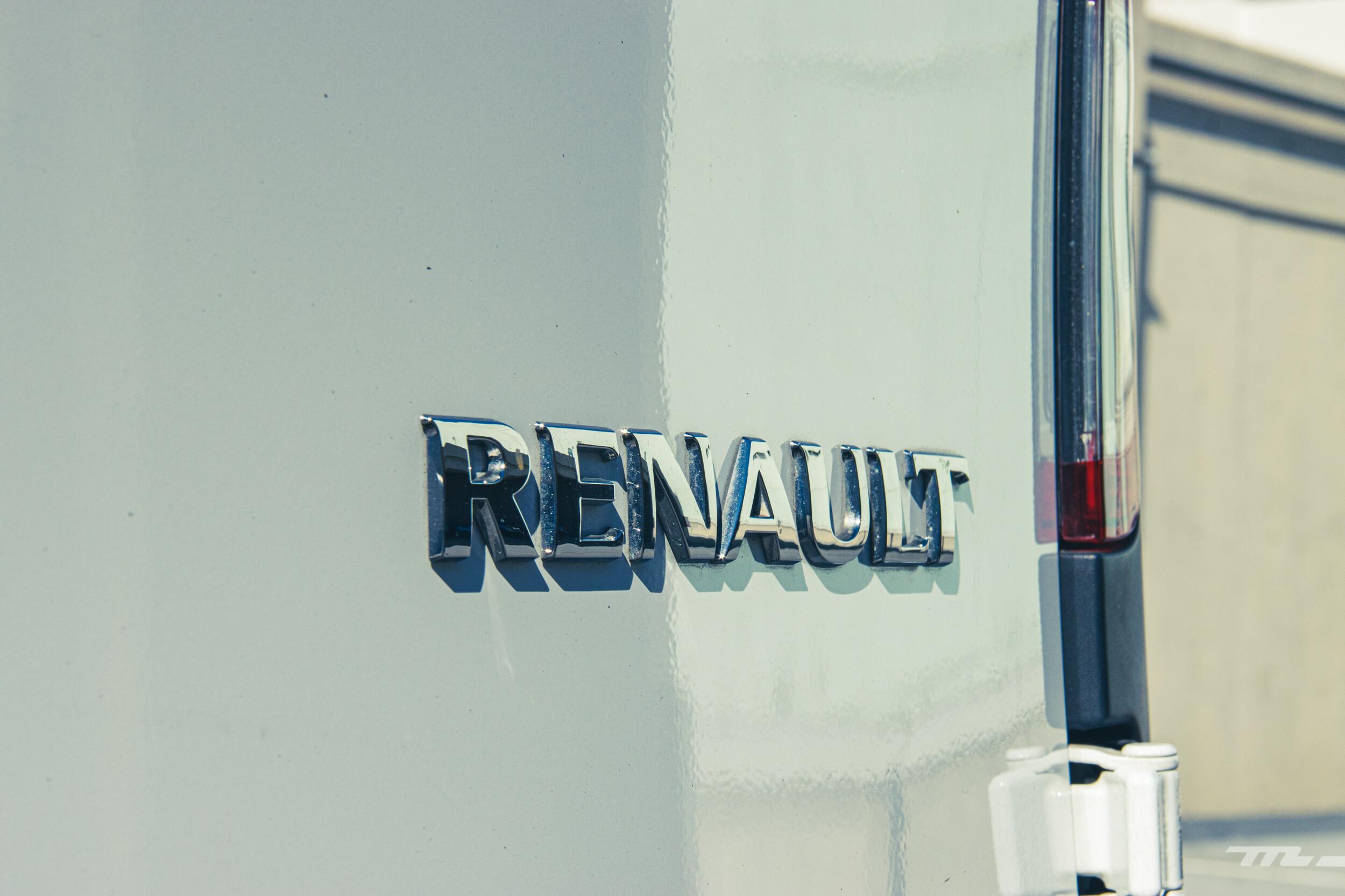 Foto de Renault Kango Z.E. Maxi 5 pasajeros (12/29)