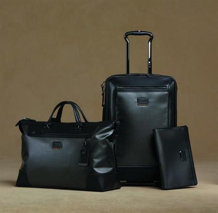 TUMI presenta la colección CFX: bolsos de viaje con mucho estilo