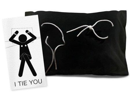I Tie You, una funda de almohada para atrevidos