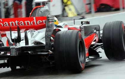 Hamilton lidera los tiempos en Hockenheim