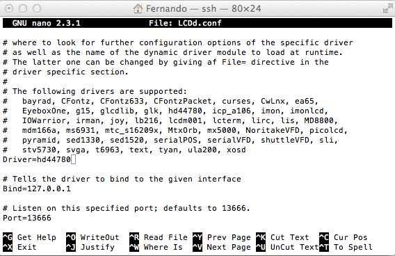Editando LCDd.conf en nano, un estupendo editor que podemos instalar en la Raspberry Pi